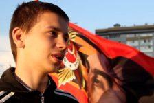 15 яшьлек Эмил 9 май патриотизмы шаукымыннан акча эшли