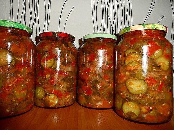 рецепты консервации салатов из огурцов с капустой