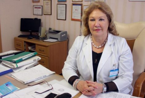 ВИЧлы авырулар белән эшләүче табибә Фирая Нәгыймова өйләнгән егетләрнең сулга йөреп, ВИЧ ияртүләренә гаҗәпләнә