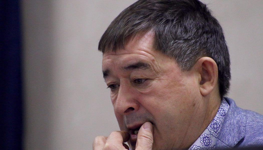 Салават Фәтхетдинов акылсызлык аркасында журналистлар белән мөнәсәбәте авыр булуын таный