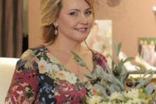 Лилия Муллагалиеваның кызы әнисенә нинди хат яза? [фото]
