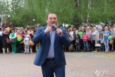 Вадим Захаровка 50 меңлек эшләпә бүләк иткәннәр [фото]