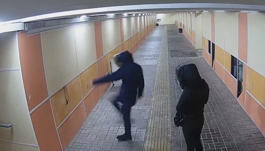 """Миңа оят!"": Татарстанда вандал халыктан гафу үтенә [видео]"