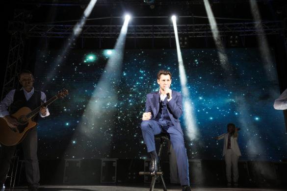 9 көн рәттән «Җиде малай» киноконцертын куйган Фирдүс Тямаев: «Башлаганда зал ярым буш иде»